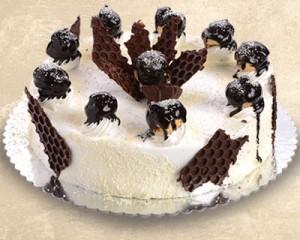 Profiterol-torta